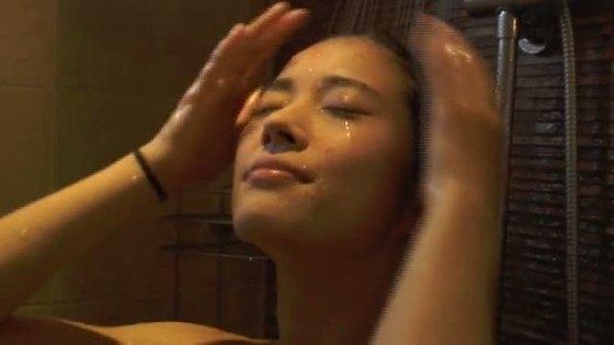 宮脇麻那 SQUALLのBカップ谷間&美尻食い込みキャプ 画像45枚 8