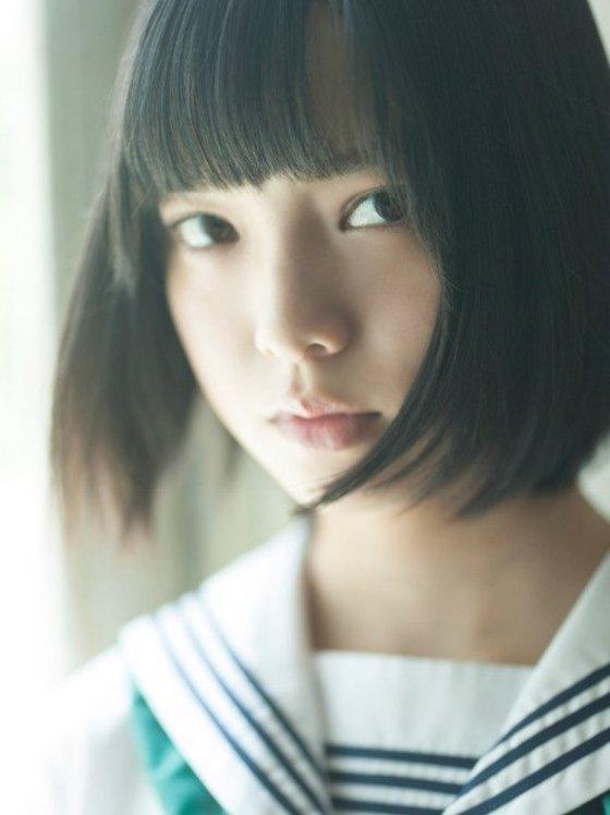 平手友梨奈 マガジンの可愛い制服姿グラビア 画像30枚 23