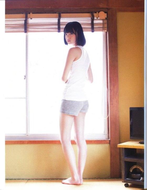 平手友梨奈 マガジンの可愛い制服姿グラビア 画像30枚 27