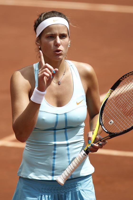 女子テニスプレイヤーの乳首ポチや乳首透けなお宝 画像33枚 10