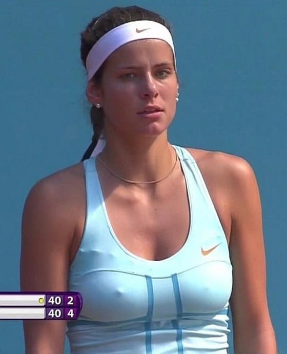 女子テニスプレイヤーの乳首ポチや乳首透けなお宝 画像33枚 15
