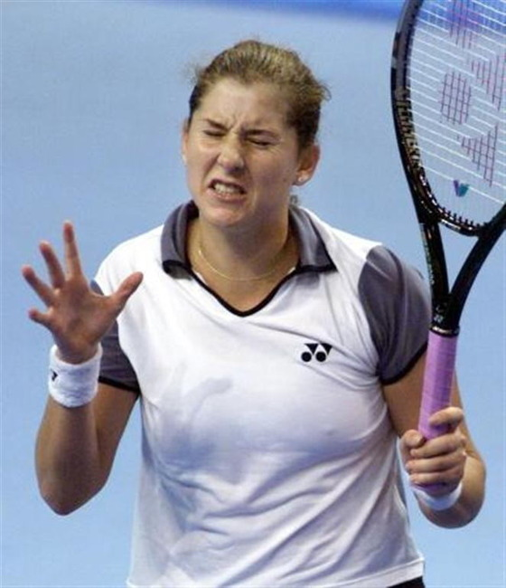 女子テニスプレイヤーの乳首ポチや乳首透けなお宝 画像33枚 17