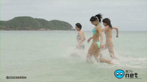 浅川梨奈 月刊ヤンマガの水着姿Eカップ谷間最新グラビア 画像33枚 30