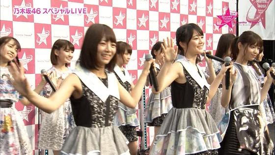 乃木坂46 野外ライブのノースリーブ全開腋キャプ 画像19枚 18