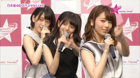 乃木坂46 野外ライブのノースリーブ全開腋キャプ 画像19枚 24