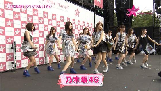乃木坂46 野外ライブのノースリーブ全開腋キャプ 画像19枚 6