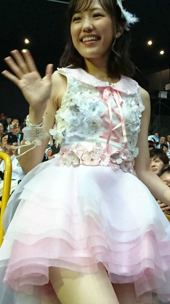 AKB48 感謝祭で至近距離から撮られた太ももショット 画像27枚 3