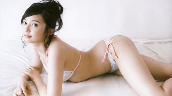 小宮有紗 スレンダー美脚と太ももが眩しい水着グラビア 画像25枚 19