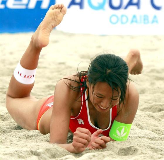 女子ビーチバレー選手達の股間やお尻の食い込みに注目 画像44枚 11