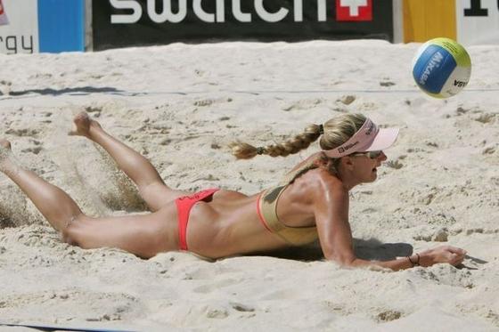女子ビーチバレー選手達の股間やお尻の食い込みに注目 画像44枚 14