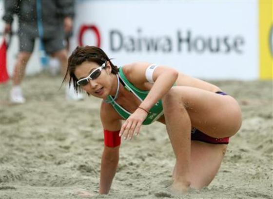 女子ビーチバレー選手達の股間やお尻の食い込みに注目 画像44枚 27
