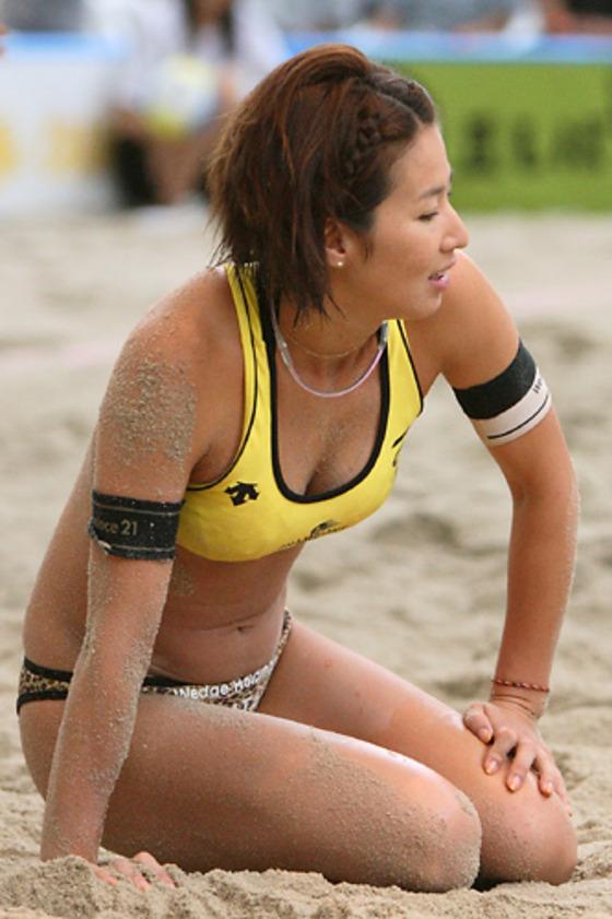女子ビーチバレー選手達の股間やお尻の食い込みに注目 画像44枚 28