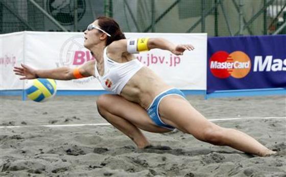女子ビーチバレー選手達の股間やお尻の食い込みに注目 画像44枚 43