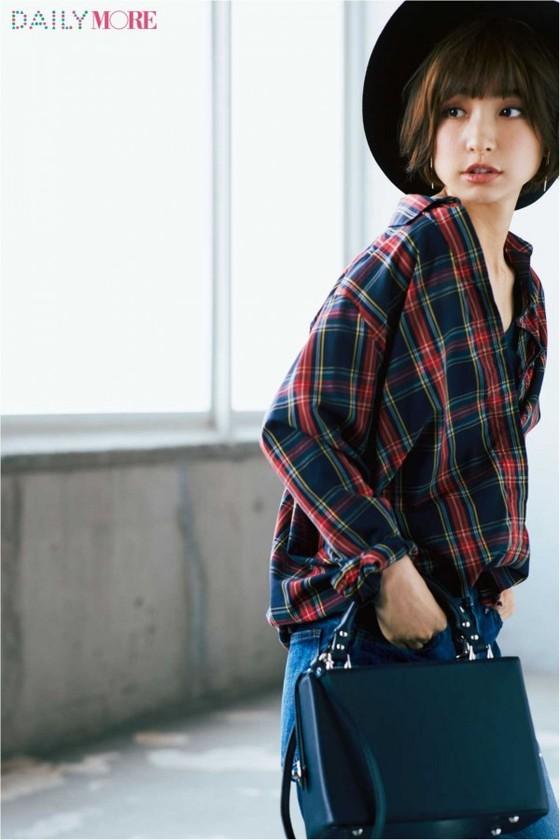 篠田麻里子 インスタで公開した現在のEカップ水着姿 画像10枚 3