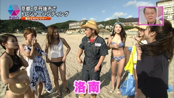 テレビ番組のロケで映った一般女性達の水着姿キャプ 画像32枚 16