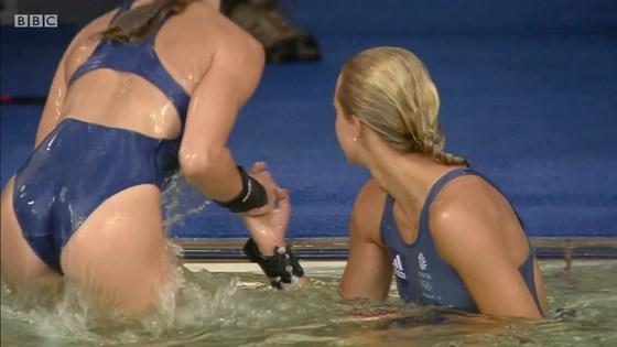 リオ五輪女子飛び込み選手の乳首ポチ&食い込みキャプ 画像32枚 10