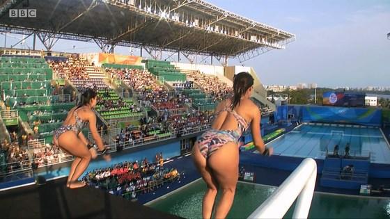 リオ五輪女子飛び込み選手の乳首ポチ&食い込みキャプ 画像32枚 9