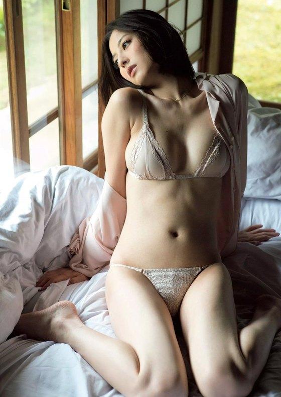 杉本有美 乳首ポチが素晴らしい写真集未公開グラビア 画像29枚 13