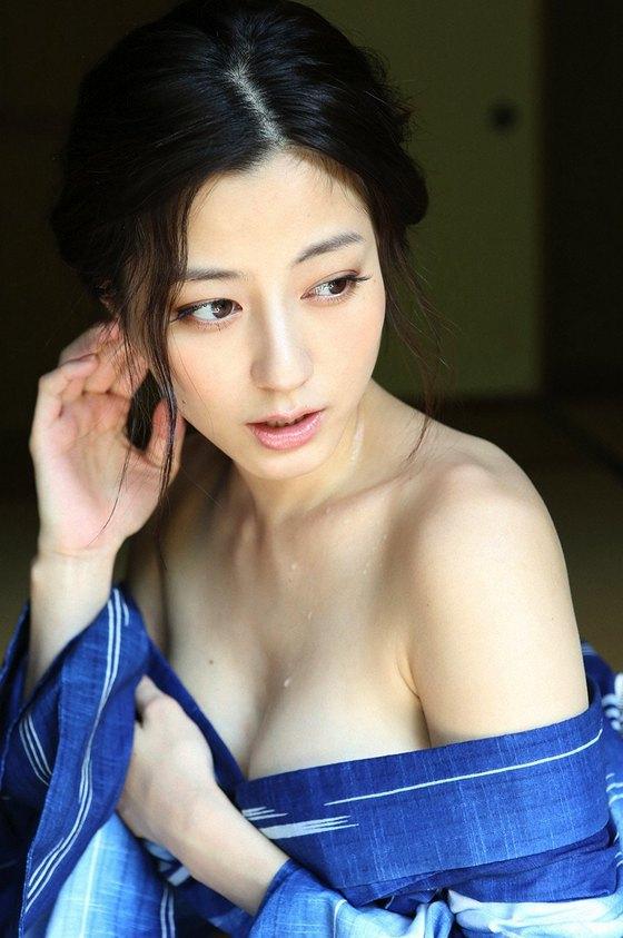 杉本有美 乳首ポチが素晴らしい写真集未公開グラビア 画像29枚 17