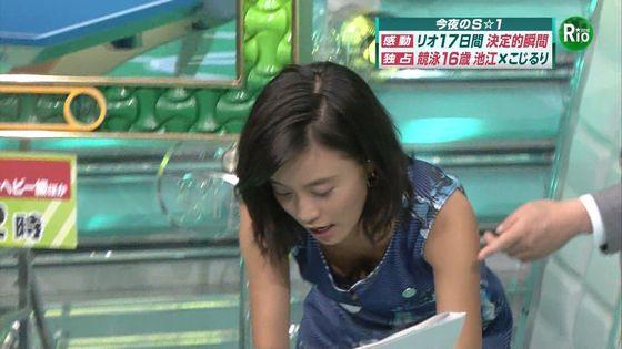 小島瑠璃子 Eカップ胸チラを披露した五輪特集番組キャプ 画像16枚 2
