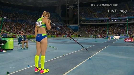 リオ五輪女子棒高跳び選手達のお尻食い込みキャプ 画像30枚 12