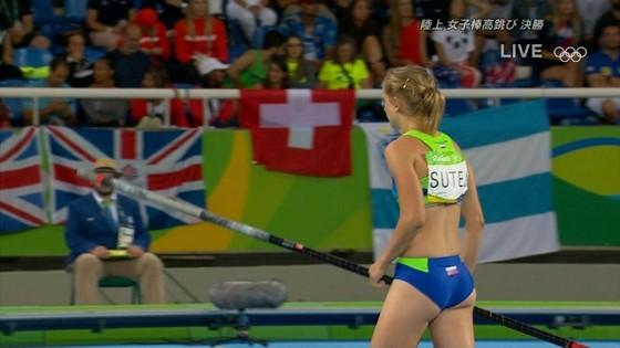リオ五輪女子棒高跳び選手達のお尻食い込みキャプ 画像30枚 14