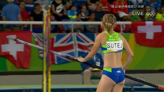 リオ五輪女子棒高跳び選手達のお尻食い込みキャプ 画像30枚 15