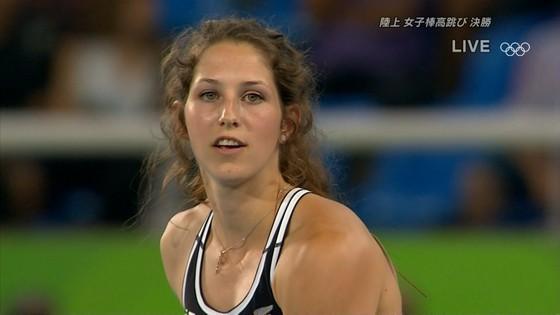 リオ五輪女子棒高跳び選手達のお尻食い込みキャプ 画像30枚 18
