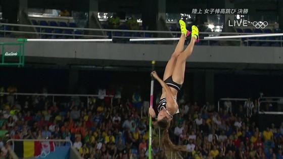 リオ五輪女子棒高跳び選手達のお尻食い込みキャプ 画像30枚 20