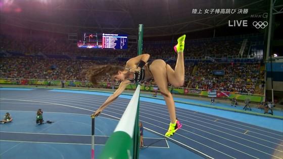 リオ五輪女子棒高跳び選手達のお尻食い込みキャプ 画像30枚 25