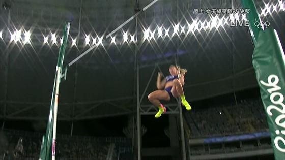 リオ五輪女子棒高跳び選手達のお尻食い込みキャプ 画像30枚 3