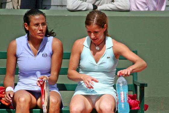 女子テニスプレイヤー達の股間に食い込んだマン筋 画像32枚 23