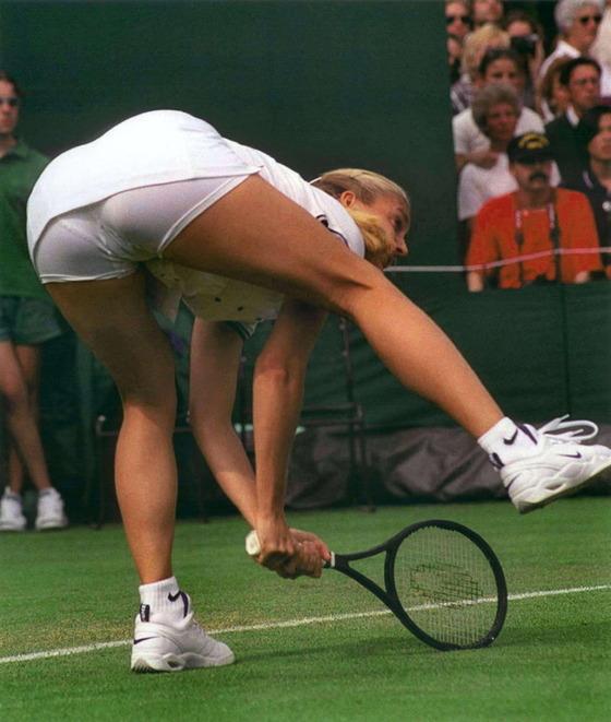 女子テニスプレイヤー達の股間に食い込んだマン筋 画像32枚 30