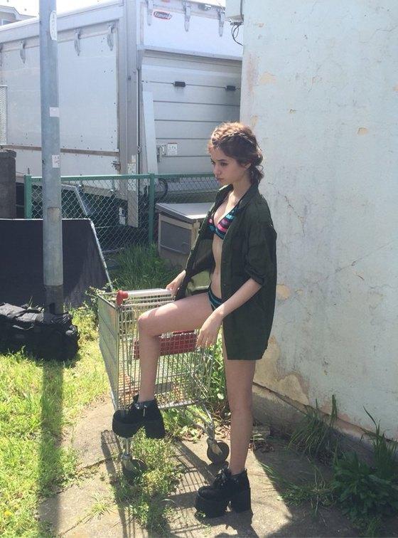 瑛茉ジャスミン 天てれ出身モデルのDカップ水着グラビア 画像26枚 24