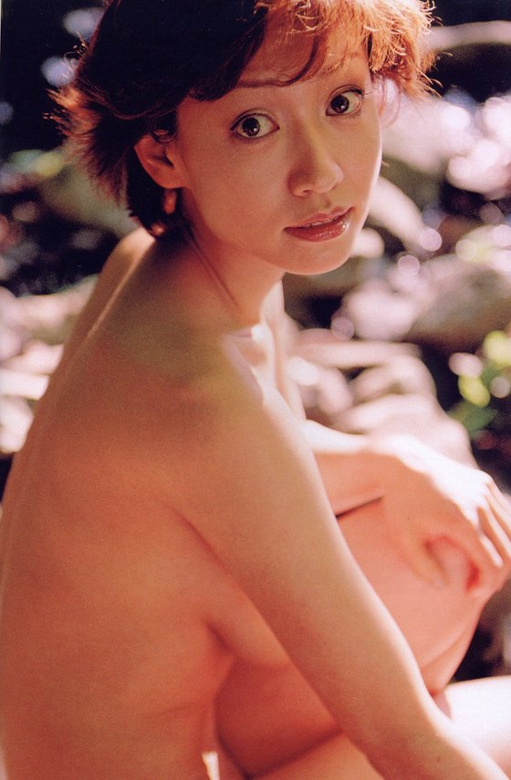 細川ふみえ フラッシュ袋とじの熟女ヌードグラビア 画像25枚 12