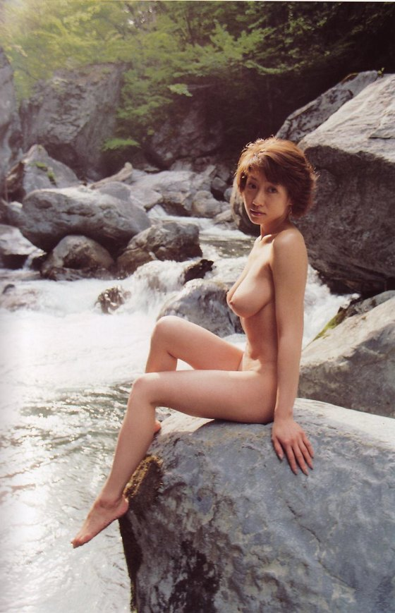 細川ふみえ フラッシュ袋とじの熟女ヌードグラビア 画像25枚 13