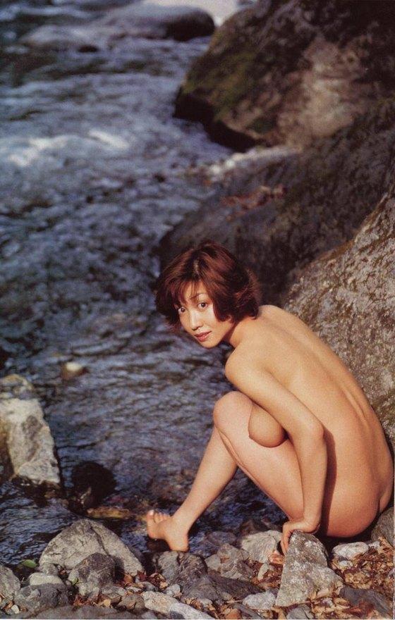 細川ふみえ フラッシュ袋とじの熟女ヌードグラビア 画像25枚 17