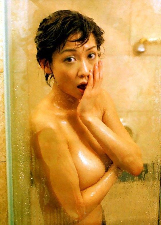 細川ふみえ フラッシュ袋とじの熟女ヌードグラビア 画像25枚 25