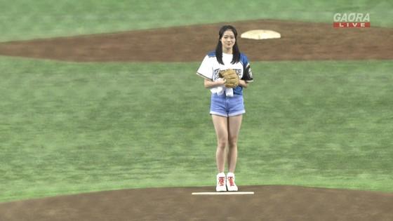 長谷川玲奈 プロ野球の始球式で披露した太ももキャプ 画像31枚 6