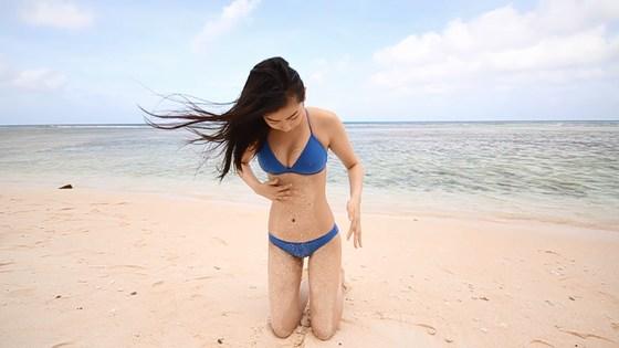 植村あかり 写真集メイキング動画の水着姿キャプ 画像30枚 10