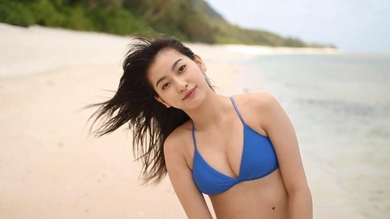 植村あかり 写真集メイキング動画の水着姿キャプ 画像30枚 5