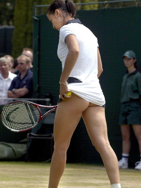 女子テニス選手の透けパンやお尻の食い込みをキャッチ 画像43枚 36