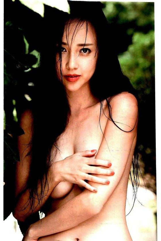 伊藤ゆみ フライデー袋とじの手ブラセミヌードグラビア 画像26枚 10