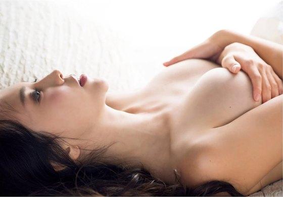 伊藤ゆみ フライデー袋とじの手ブラセミヌードグラビア 画像26枚 6