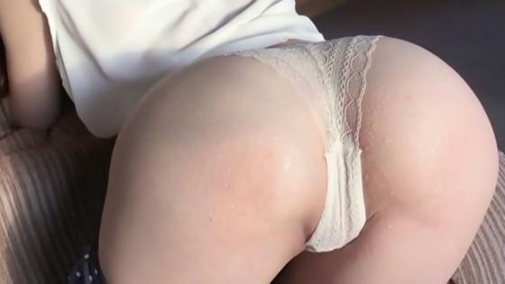 松岡里英 DVDリエゾンの巨尻&M字開脚股間食い込みキャプ 画像30枚 29