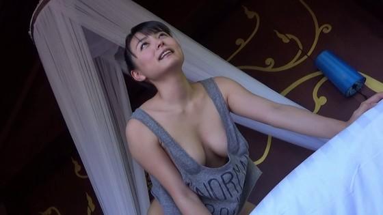 川村ゆきえ 裸足の季節のEカップハミ乳&食い込みキャプ 画像30枚 3