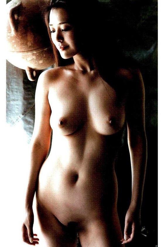 平塚千瑛 写真集BIRTH発売記念ヘアヌードグラビア 画像23枚 22