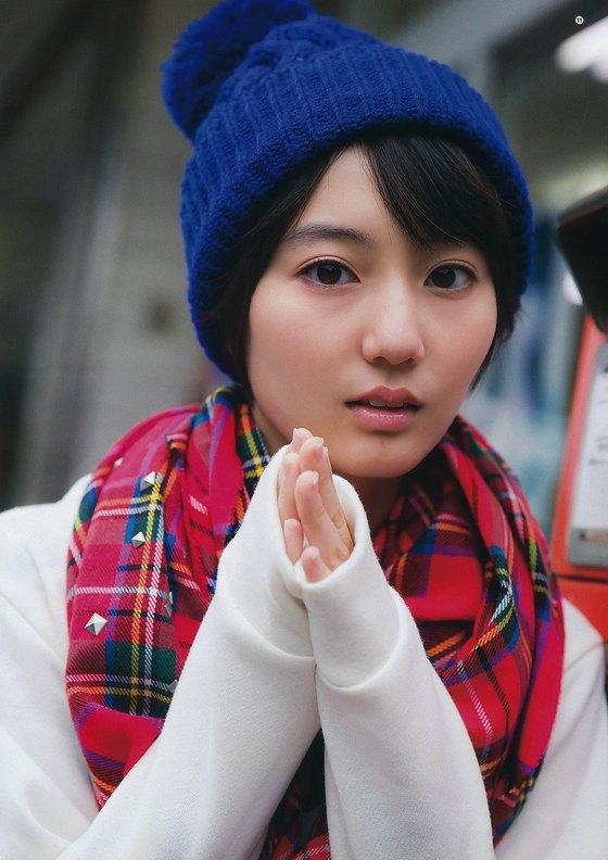 新井愛瞳 ヤングジャンプのBカップ水着姿巻頭グラビア 画像30枚 29