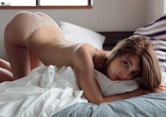 マギー ananの下着姿&ノーブラCカップ美乳グラビア 画像24枚 23
