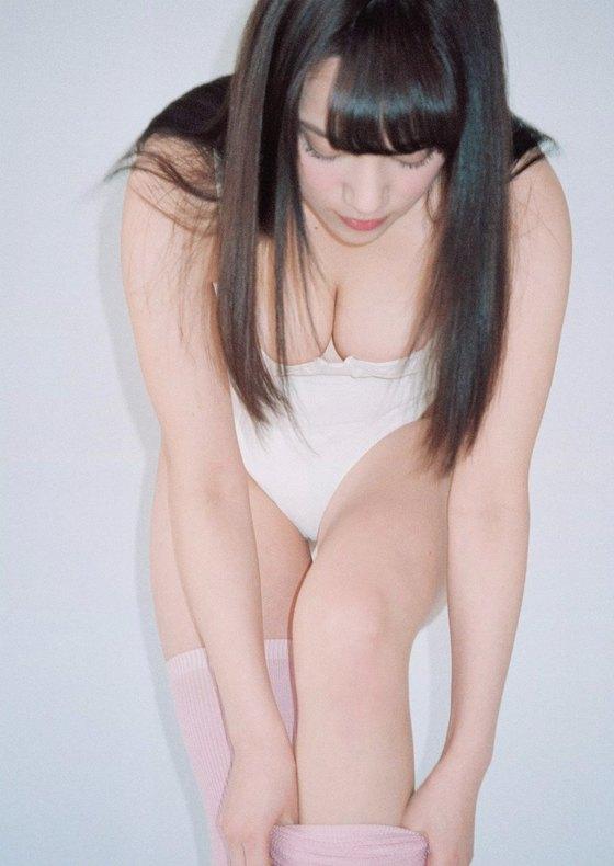 都丸紗也華 ヤンマガの写真集先行Fカップ水着グラビア 画像26枚 14